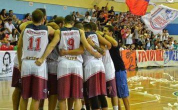 Χαρίλαος Τρικούπης: Εύκολα τα Πεύκα 77-62-Ξανά στην κορυφή